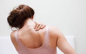 masszázs váll fájdalomra hirudoterápia térdízületi gyulladás kezelésére