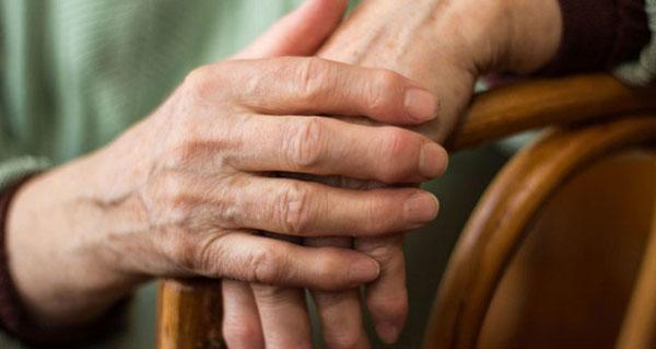 a kéz ujjai ízületeinek megvastagodásának oka