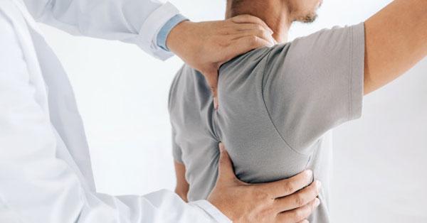 a jobb vállízület és a lapocka fájdalma a könyökízület ragasztásainak részleges törése