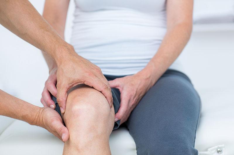 artrózis kezelő öv súlyos fájdalommal jár a térdízületben