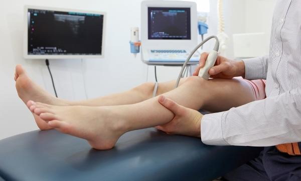 térdízület előtti 3. fokozatú kezelés