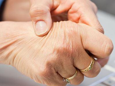 az ujjak ízületei fájnak az ujjakról