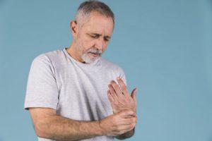 az ízületi fájdalmak felváltva fordulnak elő