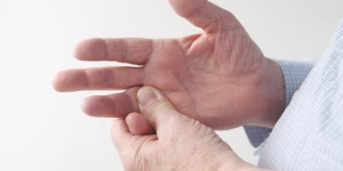 a térdízületek synovitis kezelésére szolgáló tablettái