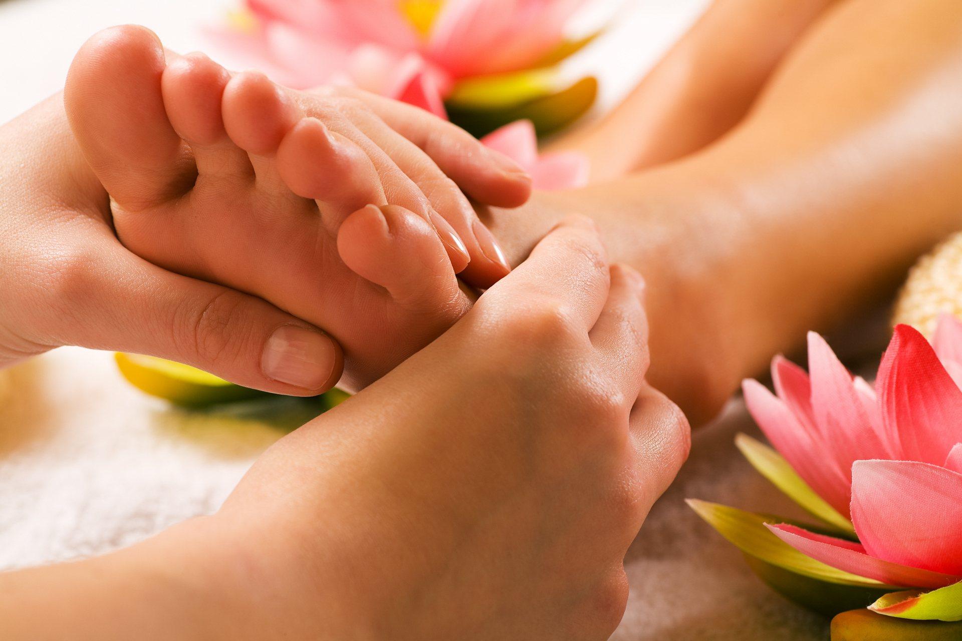 ízületi gyulladás a boka ízületének 1-2 fokában fájdalom a karok és a lábak ízületeiben