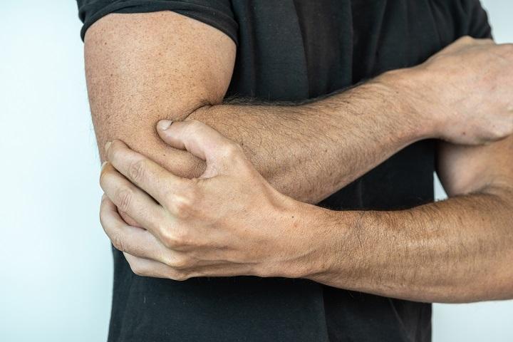 fájdalom a kéz és a csukló ízületeiben csípőízület csontritkulás fájdalmainak kezelésére