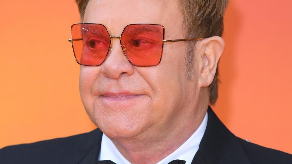 Hatalmas megtiszteltetés érte Elton Johnt - Blikk